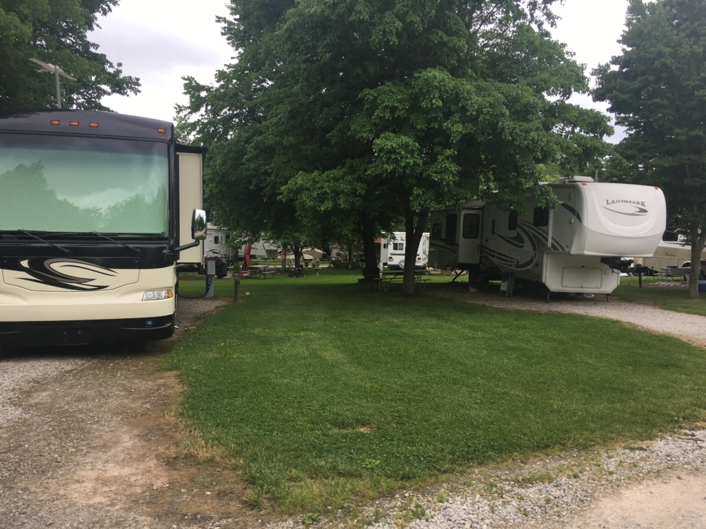 RVs parked at Thousand Trails Gettysburg
