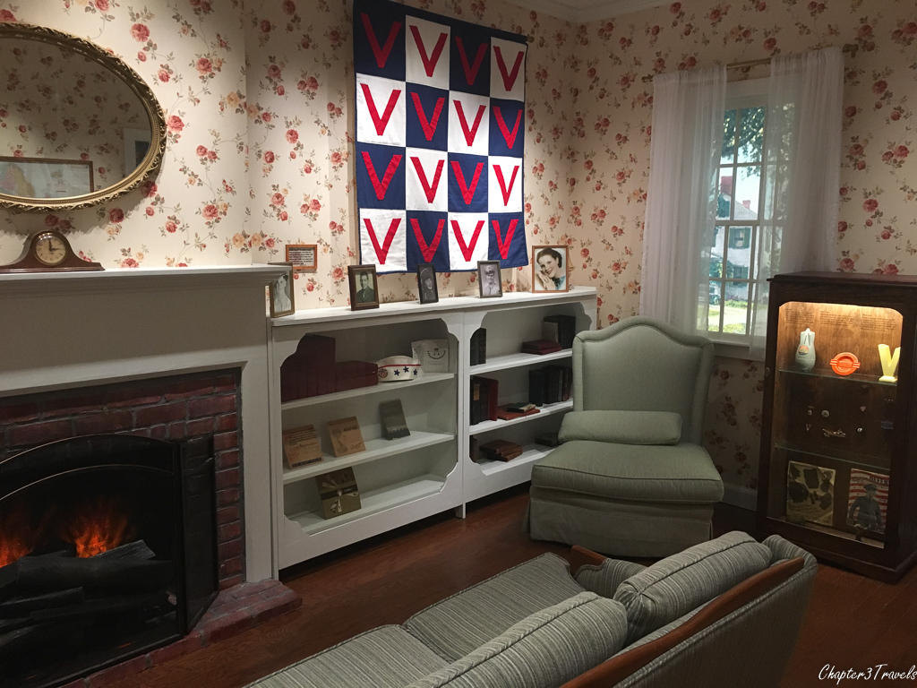 WWII Museum - Recreation of a typical American living room during the war