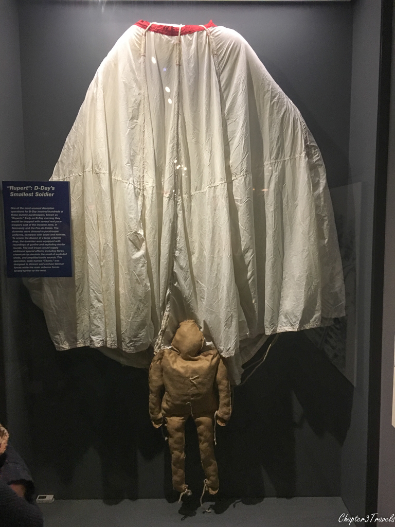 Dummy parachute trooper at WWII Museum in New Orleans
