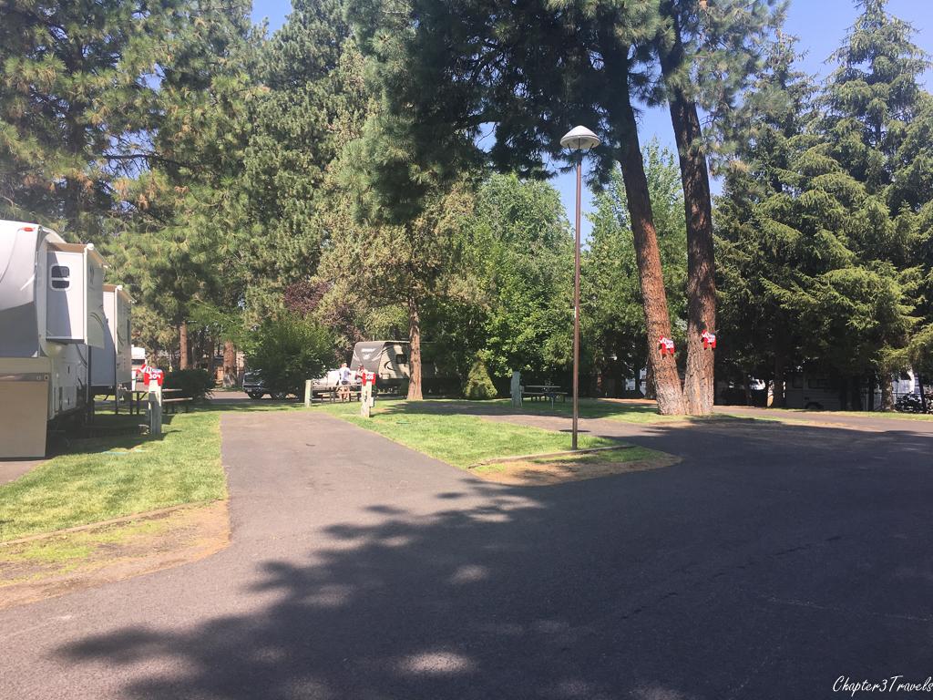 Campsites at Scandia RV Park in Bend, Oregon
