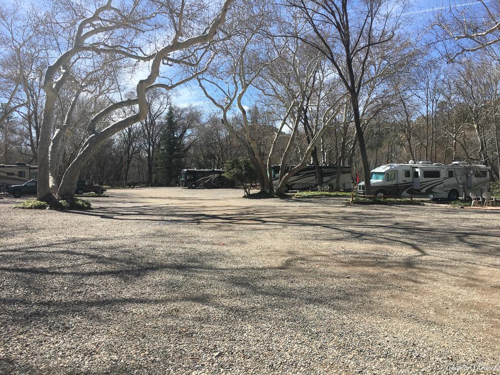 A few RVs parked at Rancho Sedona RV Park