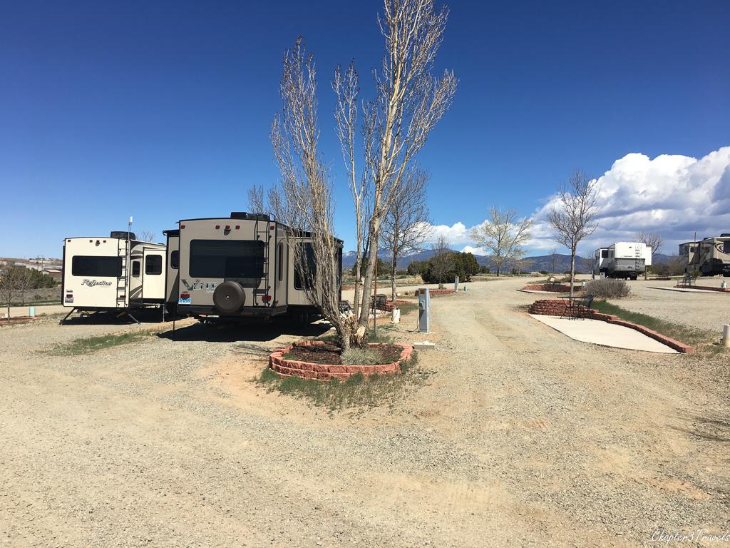 Campsites at Santa Fe Skies RV Park